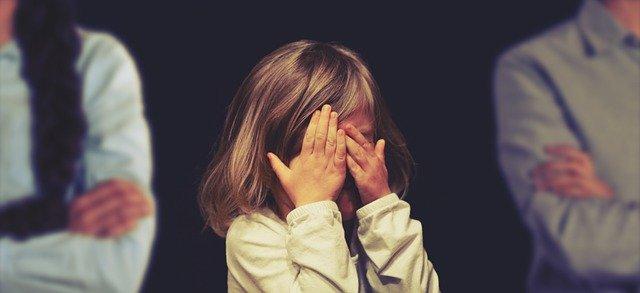 Come-si-tutelano-i-figli-nella-separazione-giudiziale Separazione giudiziale: cos'è, come funziona e addebito della separazione