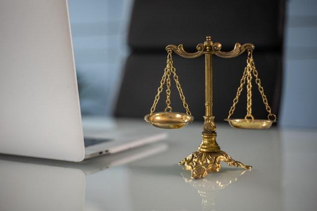 Avvocato divorzista: il divorzio congiunto e giudiziale